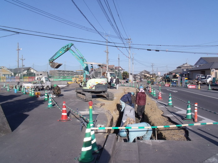 新川田崎改良舗装工事